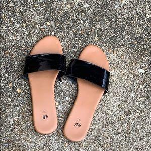 H&M Shiny black leather slides